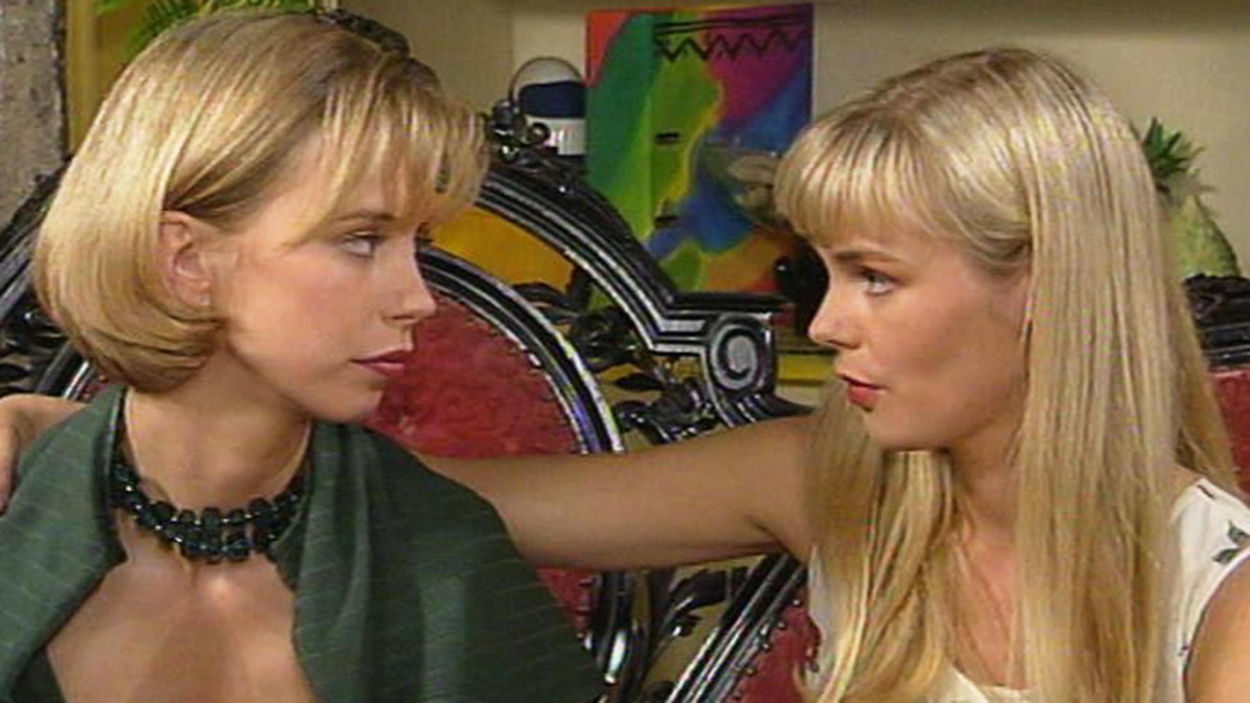 Peters und Elisabeths Geheimnis macht die Runde.