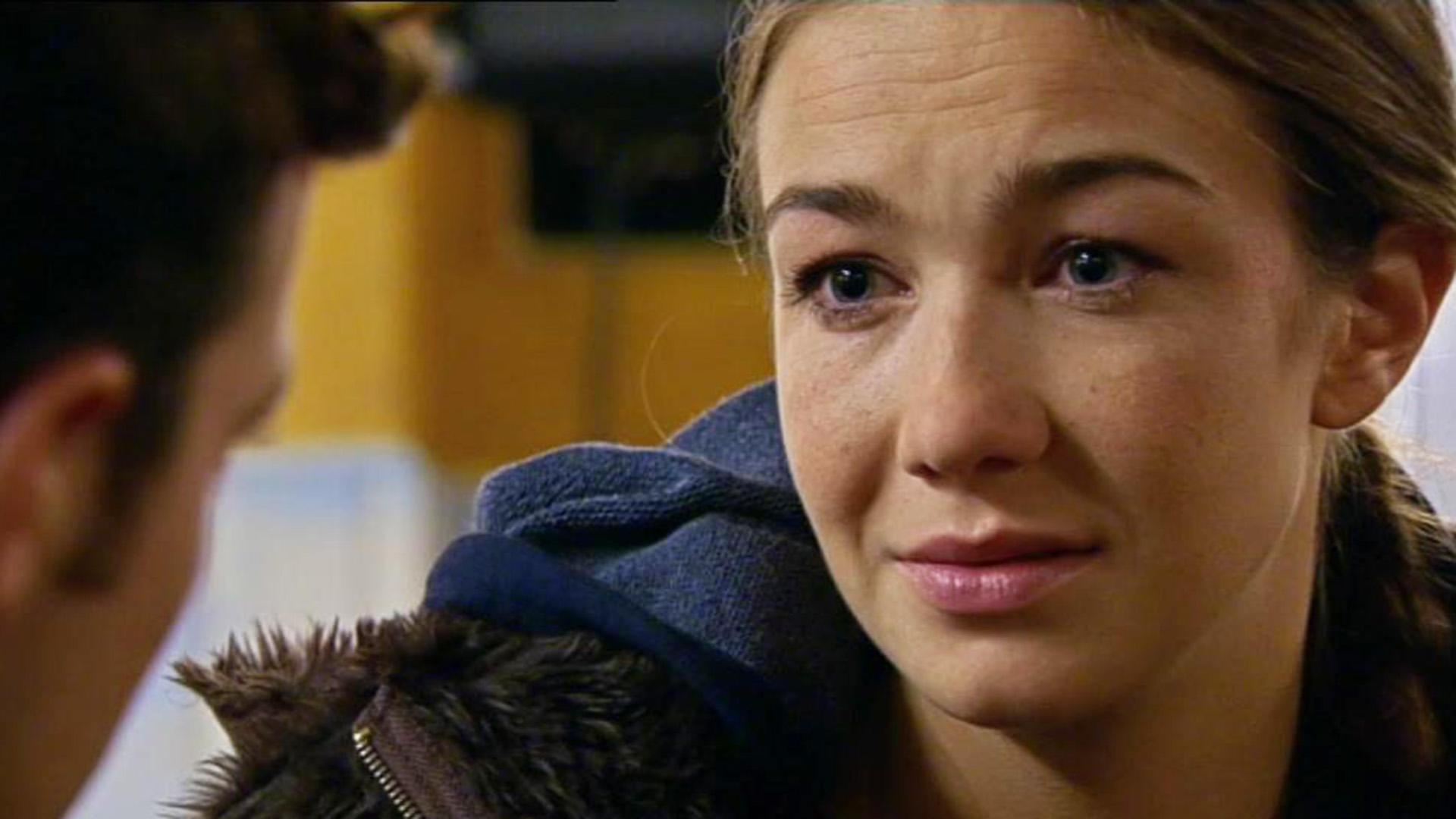 Katja will sich Annette als ihre Schwester offenbaren.