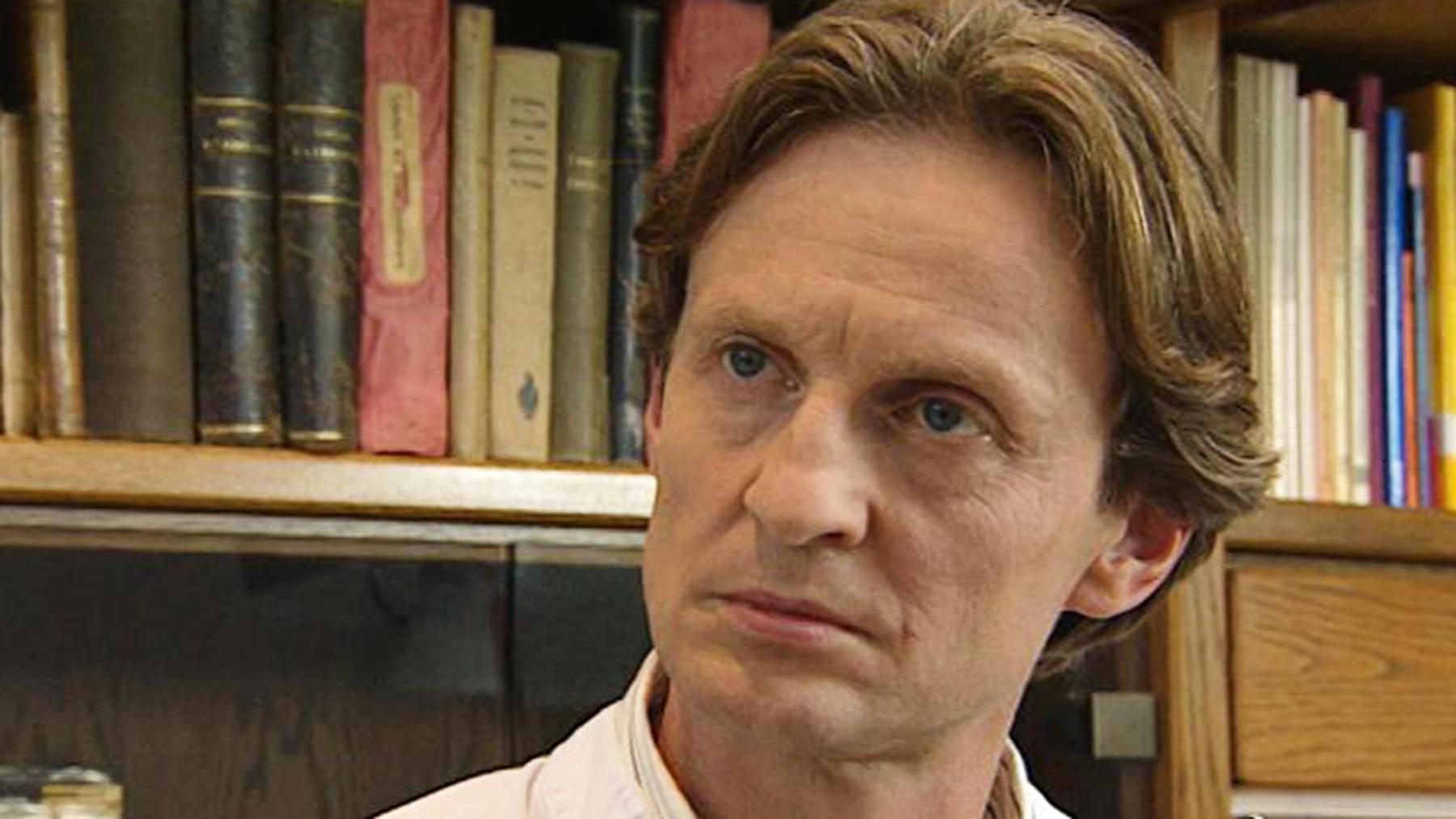Viktor Falkenberg erfährt von Lauras Schwangerschaft.