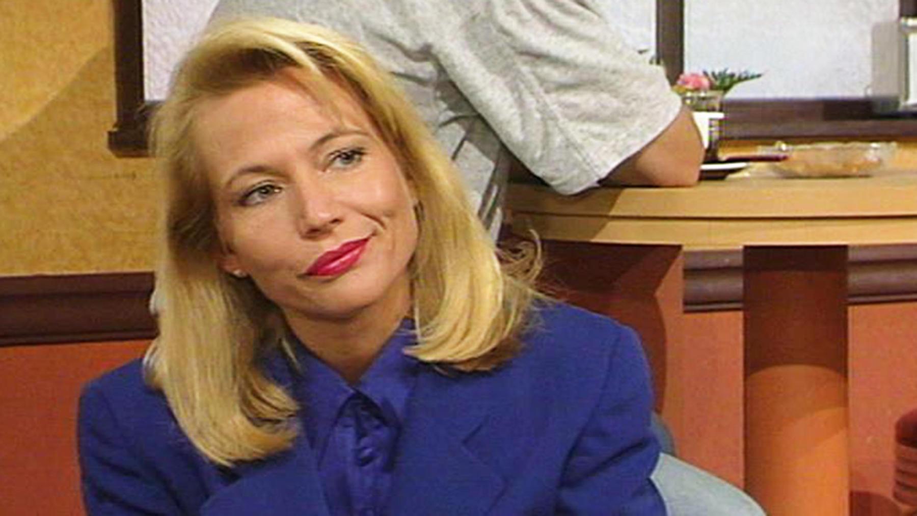 Elisabeth wird erneut wegen Robert Linden verhört.