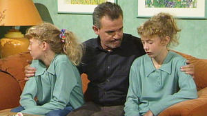 Die Zwillinge sollen bis auf weiteres ins Kinderheim.