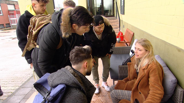 Folge 215 vom 13.03.2020 | Krass Schule - Die jungen Lehrer | Staffel 4 | TVNOW