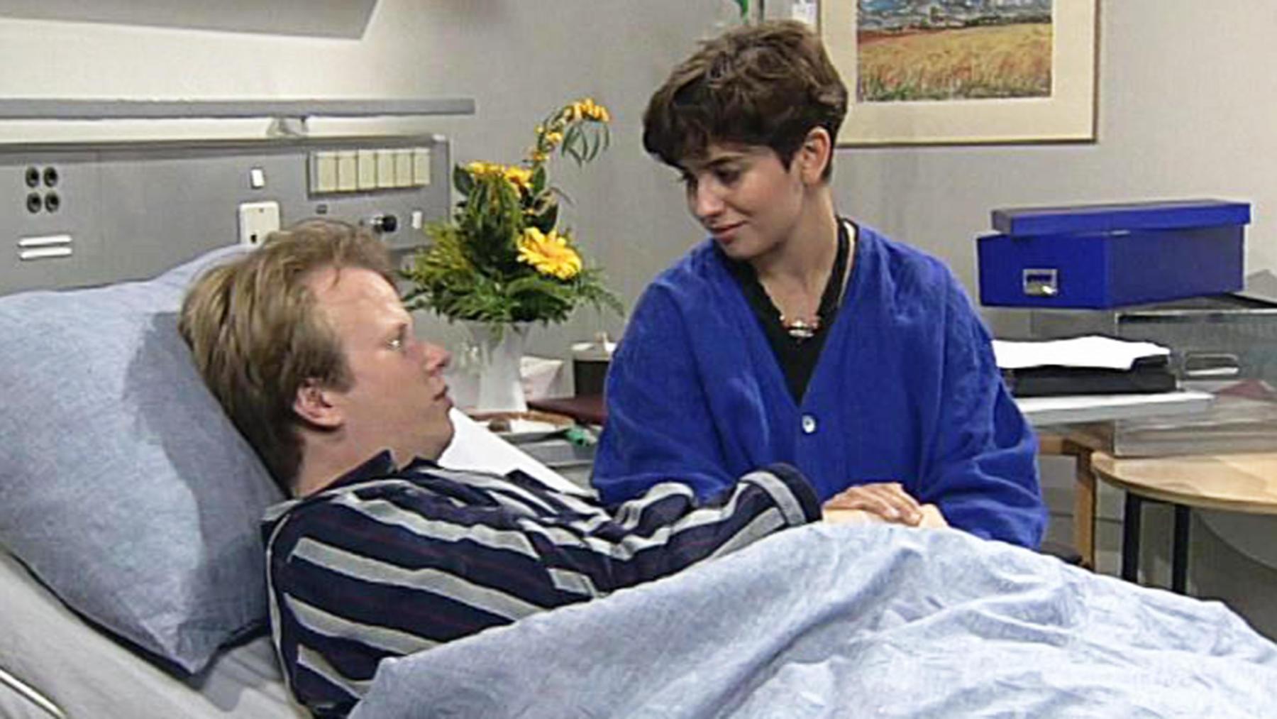 Elisabeth und Daniel sorgen sich um die Zwillinge.
