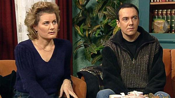 Saskia will ihre Ehe mit Tom annullieren lassen.