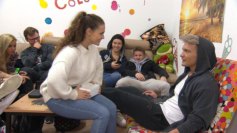 Folge 225 vom 27.03.2020 | Krass Schule - Die jungen Lehrer | Staffel 4 | TVNOW