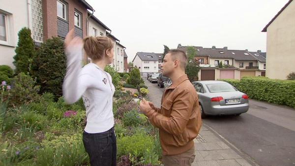 Verlobter knutscht auf Polterabend mit bester Freundin