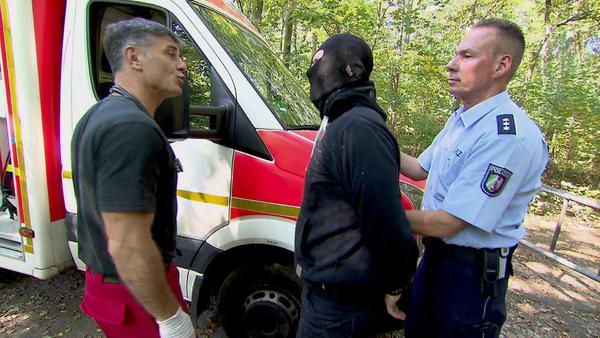 Räuber kapert Rettungswagen