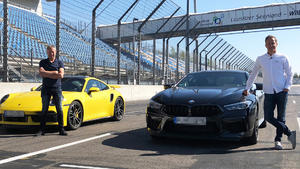 Porsche 911 Turbo S vs. BMW M8 Competition