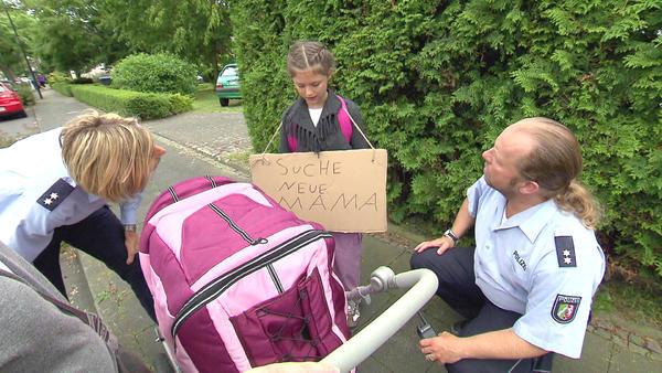 Mädchen sucht neue Mama / Taxifahrt wird zum Alptraum