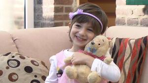 Mutter verkleidet 5-Jährigen als Mädchen