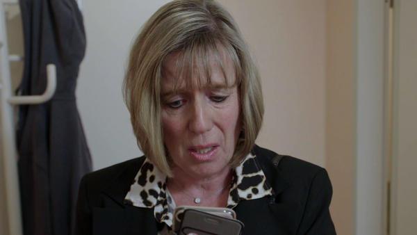 Der Heiratsschwindler - Tag der Abrechnung / Einsamer Bankräuber telefoniert mit der Polizei