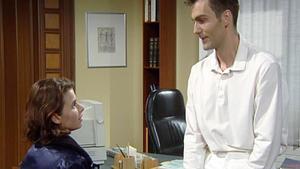 Rainer teilt Vanessa mit, dass sie Leukämie hat