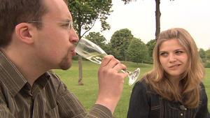 Eltern wollen Tochter mit guter Partie verheiraten
