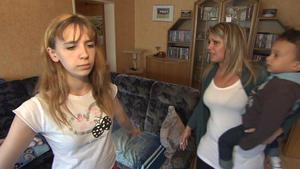 17-Jährige wird von jüngerer, schwangerer Schwester und Mutter genervt