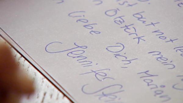 Vanessa schreibt in Jennys Namen ein Testament