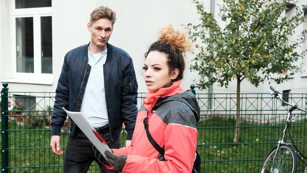 Conor möchte mit Nika zusammenziehen