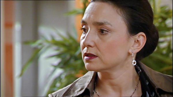 Simone erkennt, dass sie Richard verloren hat