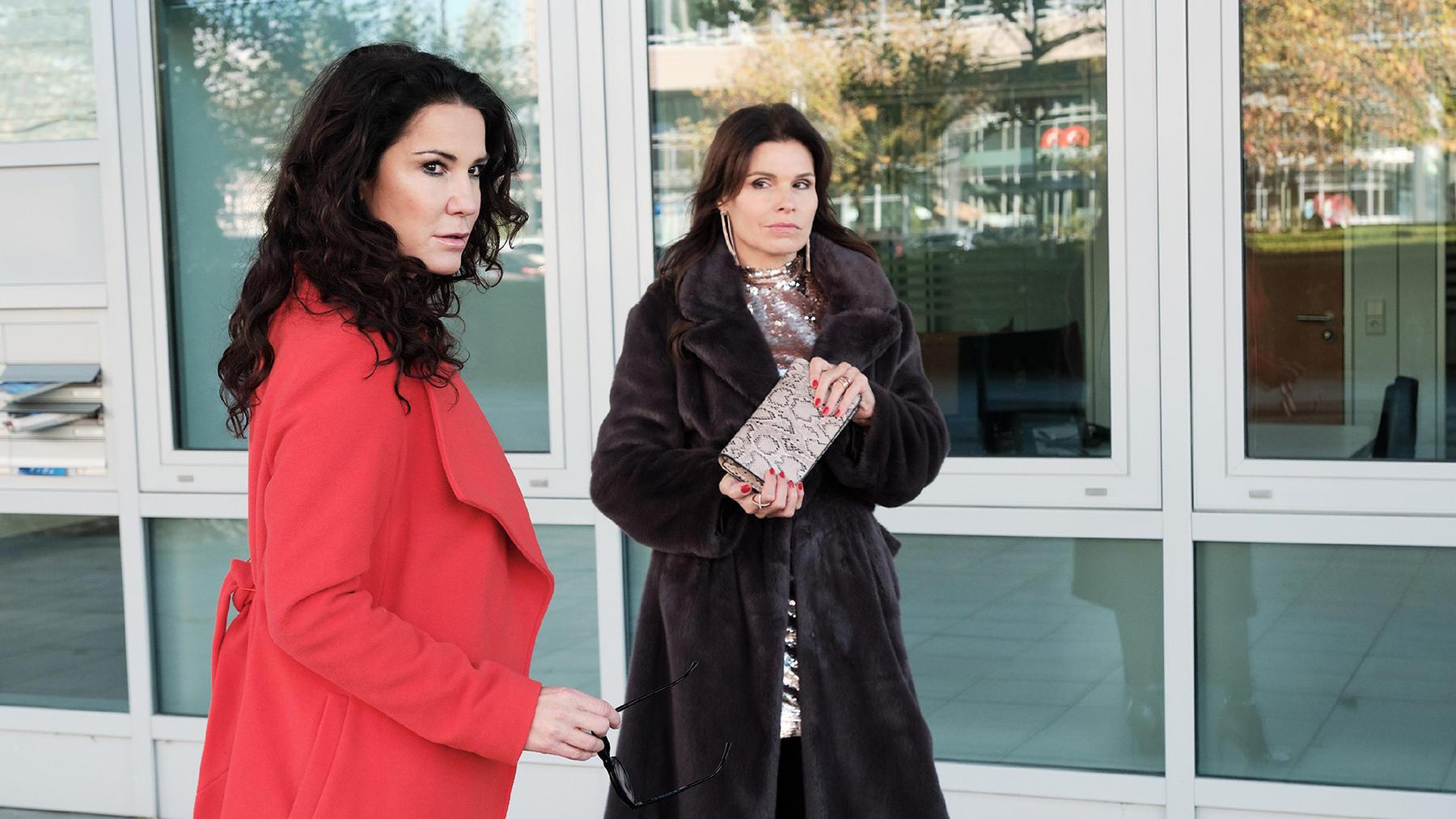 Wird Britta ihrer Model-Freundin gegenüber Robert verleugnen?
