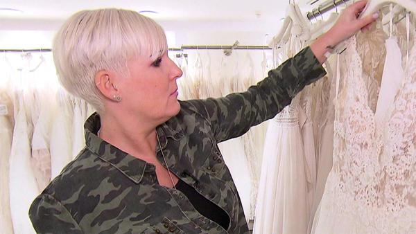 Das schwierige Verhältnis zum Kleid