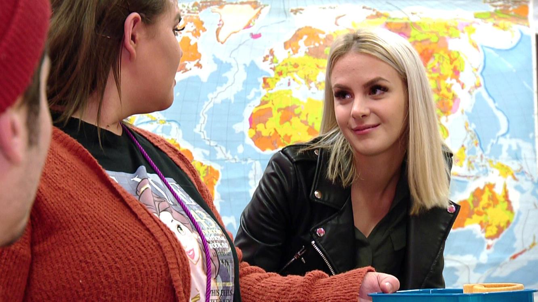 Folge 320 vom 26.02.2021   Krass Schule - Die jungen Lehrer   Staffel 4   TVNOW
