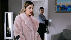 Simone versichert Chiara, dass sie zur Familie gehört