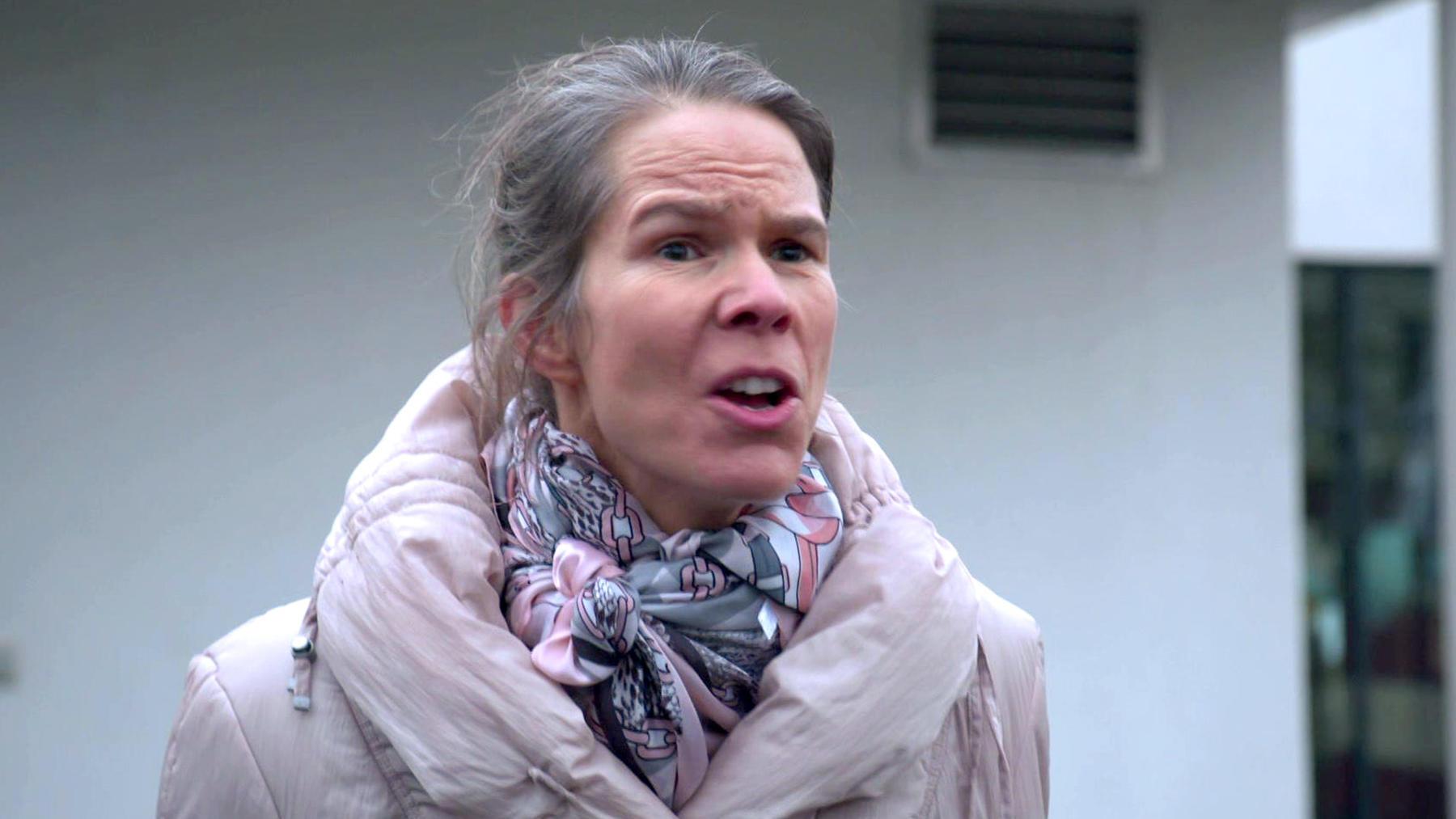 Schwiegermutter lässt nicht locker / Streit um Welpen eskaliert