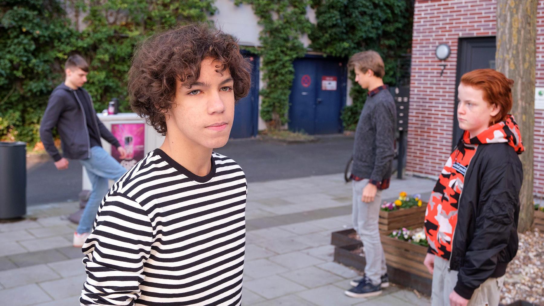 Julius will Matteo in Sachen Coolness nacheifern