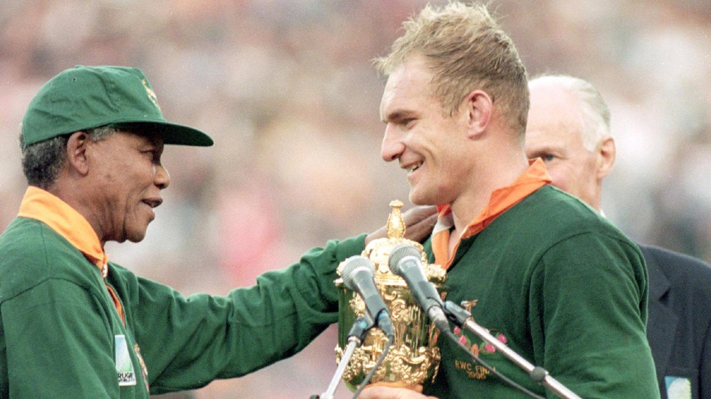 Der 16. Mann - Mandela und die Springboks im Online Stream   TVNOW