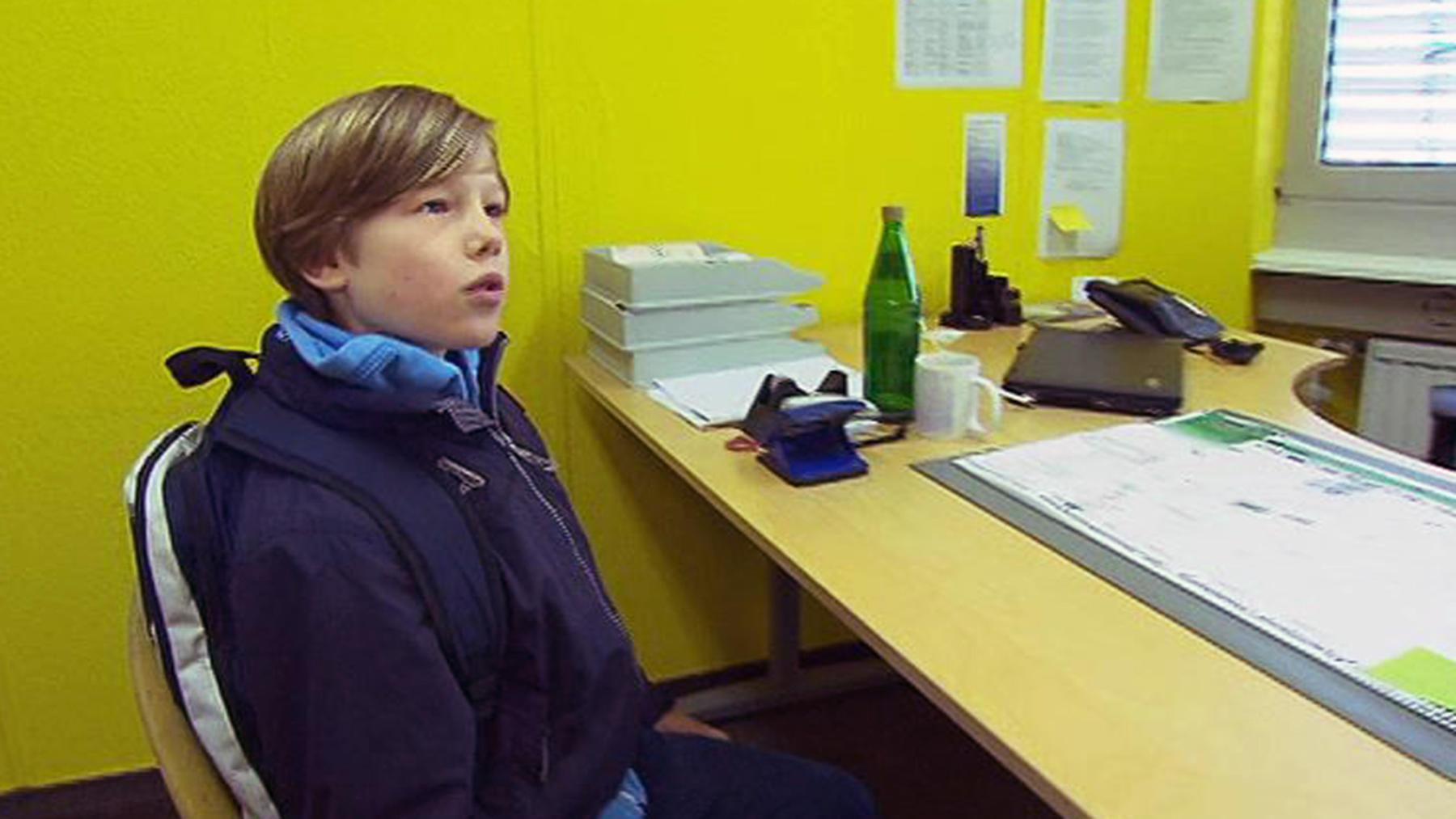 9-Jähriger schwärzt seine Eltern beim Jugendamt an