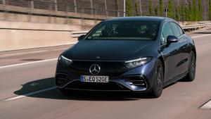 Thema u.a.: Mercedes EQS