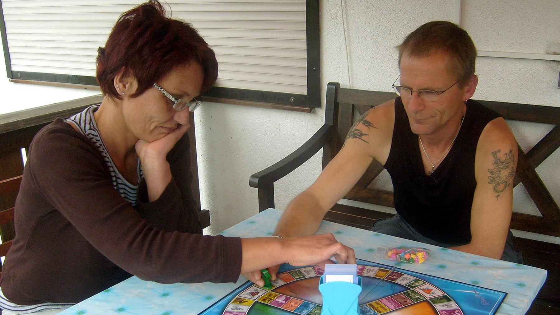 Angelika tauscht mit Sonja