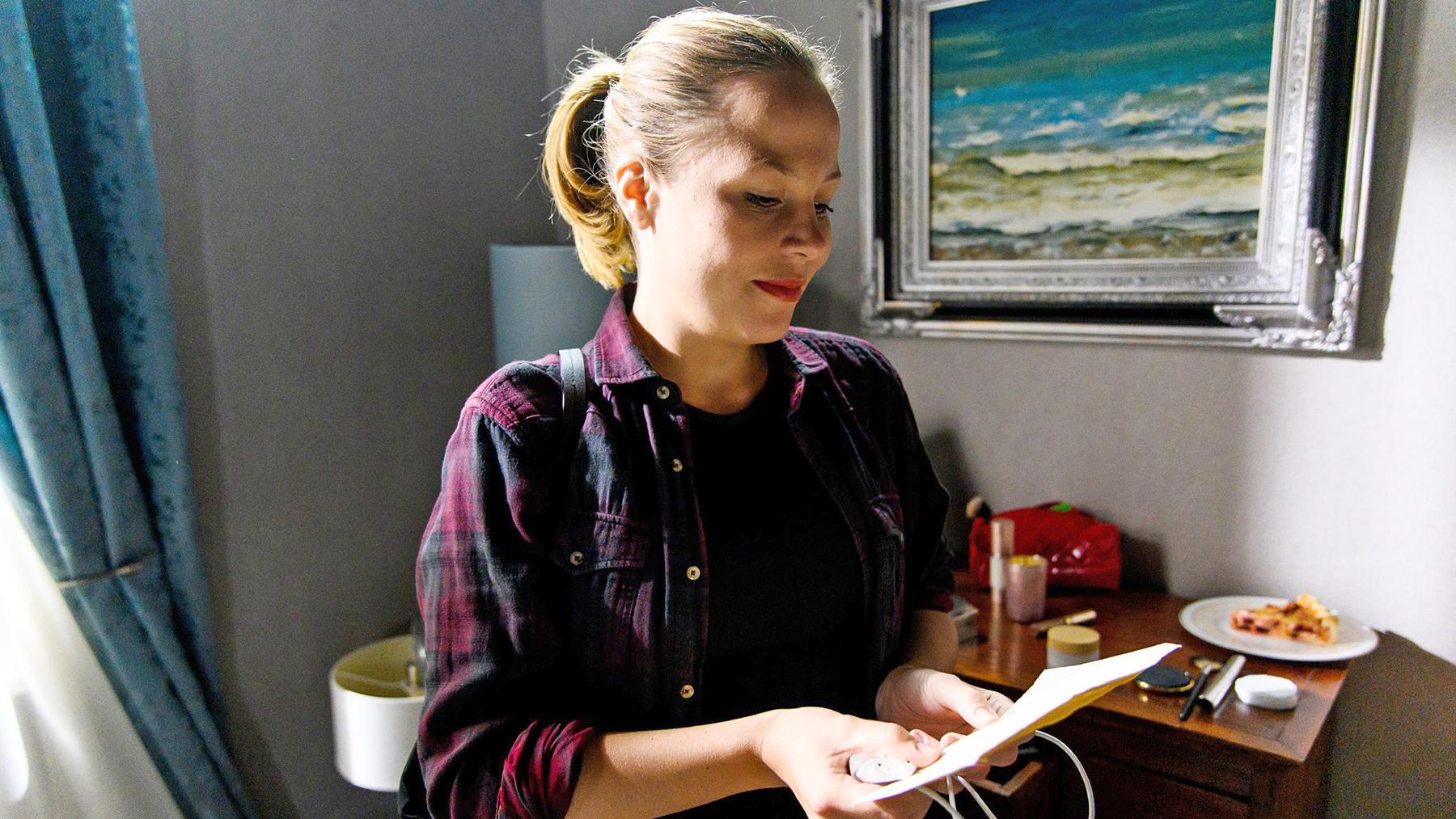 Ina findet einen alten Liebesbrief von Chiara