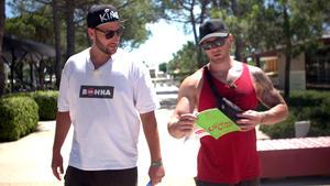 Sascha und Dennis: Auf Kriegsfuß mit den Campingplatzregeln