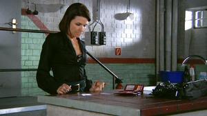 Britta fingiert vor Rolf einen Drogenrückfall!
