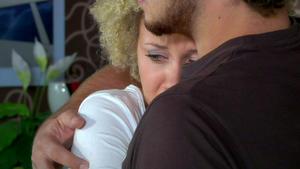 Kuss zwischen Micki und Tobias