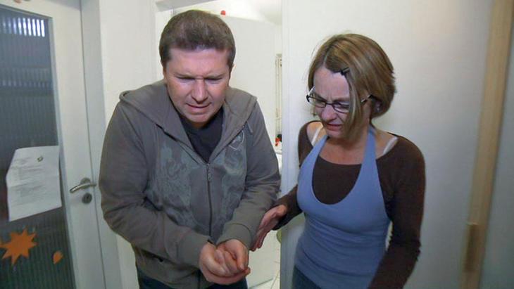 Schusseliger Familienvater lässt alle verzweifeln | Folge 132