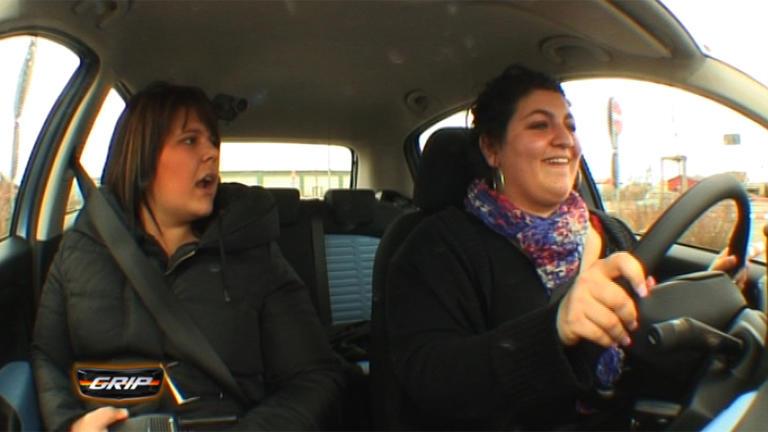 Erstkontakt - E-Klasse Cabrio | Reportage - ADAC-Übungsplatz | Crème de la Chrom - Lamborghini Galla