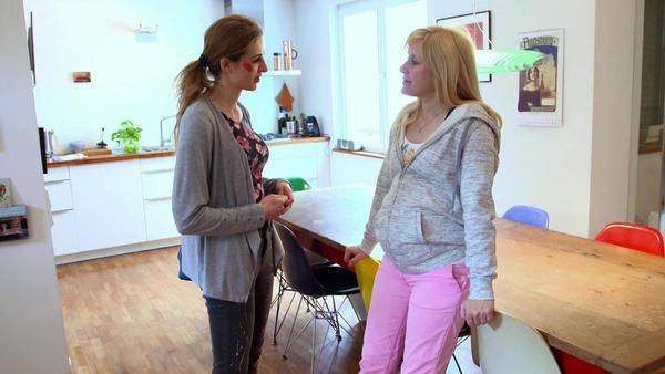 Sarah und ihre intrigante Schwester - Folge 1