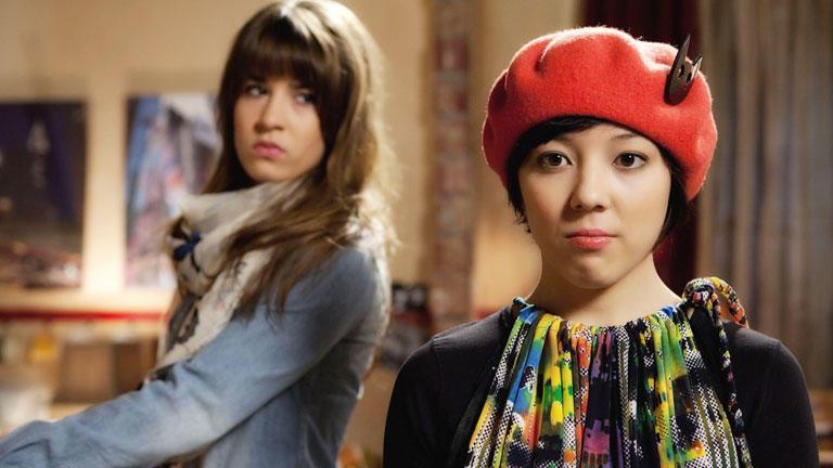 Suji eckt bei Lili an!