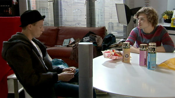 Zac und Vince: Ablenkung gegen Liebeskummer