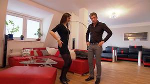 Kritische Bauchtänzerin sucht eine Wohnung